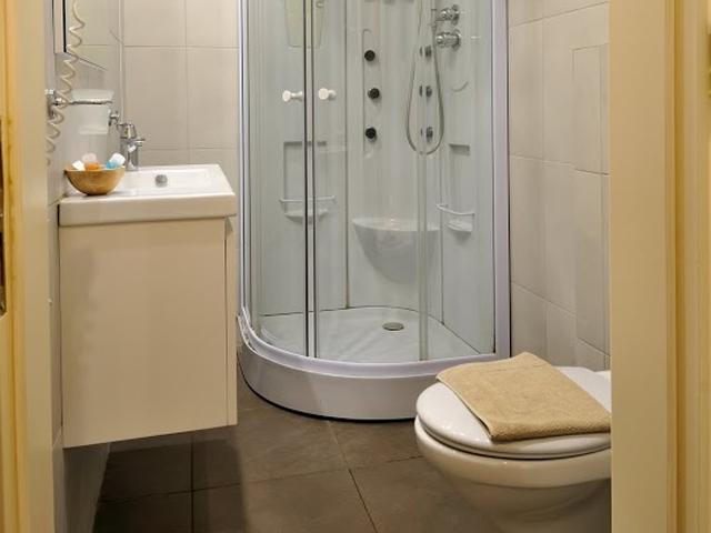 Artina Hotel -