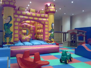 Alexander Beach Hotel and SPA - Playground