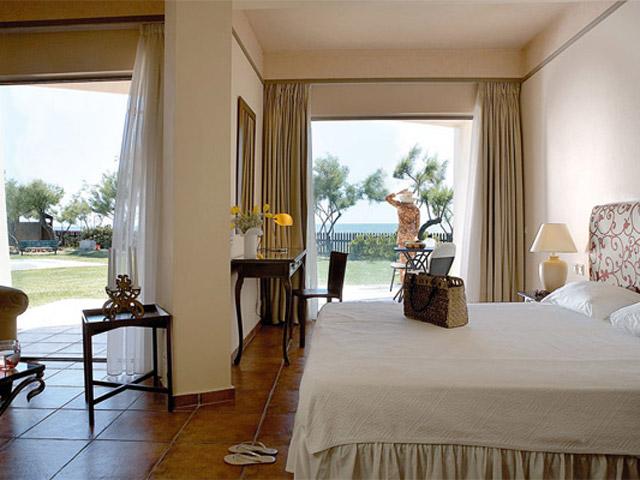 Grecotel Egnatia Grand Hotel - Junior Suite Bedroom