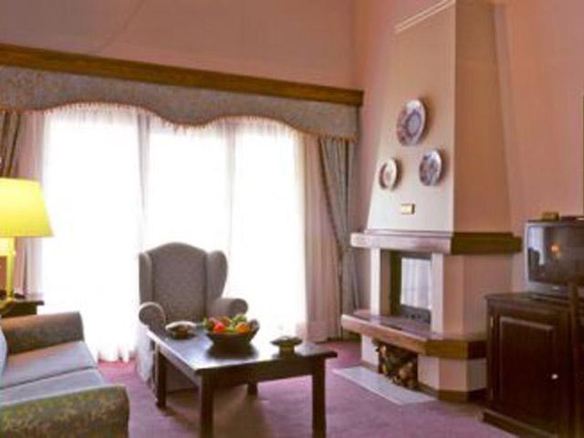 Montana Club HotelDeluxe Suite