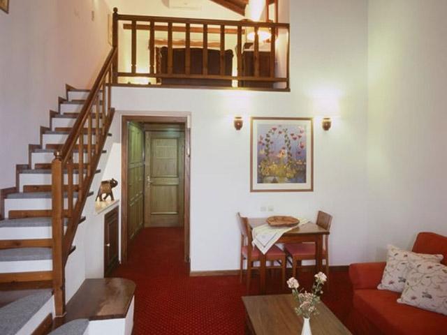 Montana Club Hotel - Loft Suite