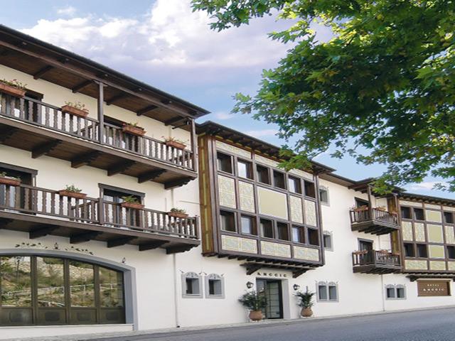 Anesis Hotel -