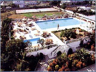 Cosmopolitan Hotel - Image3