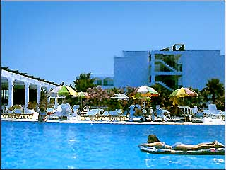 Cosmopolitan Hotel - Image4