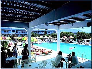 Cosmopolitan Hotel - Image6