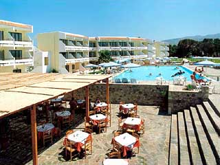 Thalassa Hotel - Restaurant next to Swimming Pool