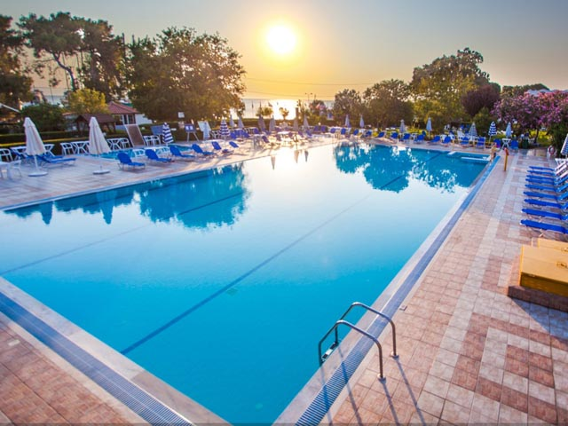 Continental Palace Hotel - Special Offer 7=6 Free Nights !! LIMITED TIME !! 20.04.17 - 31.05.17 !!