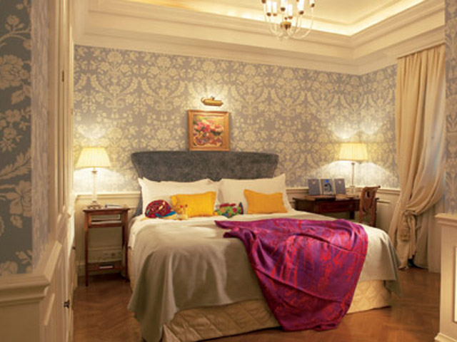 King George Palace - Deluxe Guestroom Bedroom