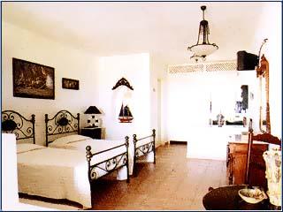 Porto Scoutari Hotel & Suites - Image5