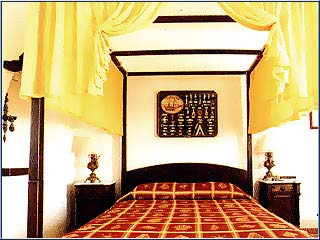 Porto Scoutari Hotel & Suites - Image8