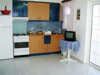 Salora Studios Apartments - Image5