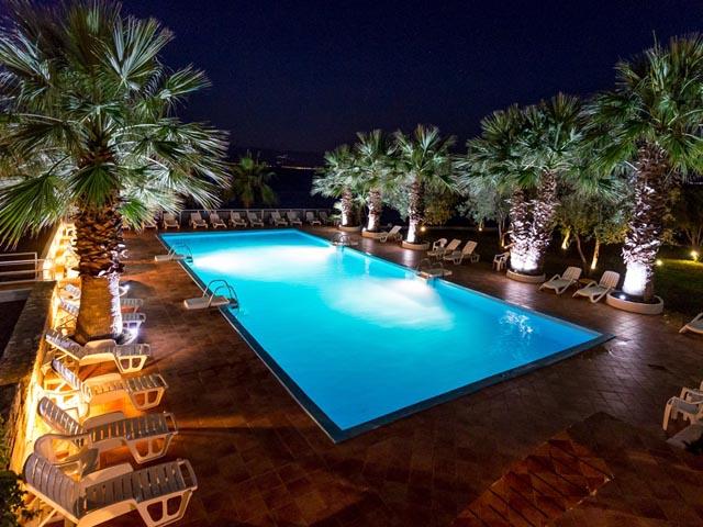 Sissy Hotel -