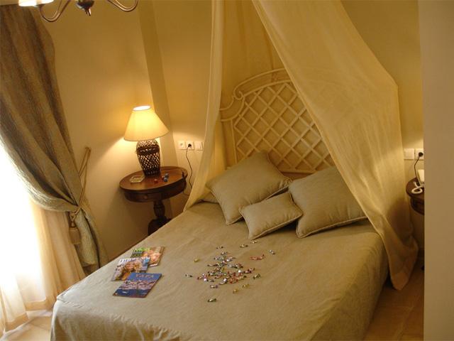 Angelica Hotel -