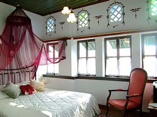 Glorious Peleys Castle Hotel - Room