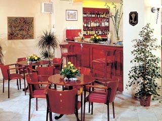 Lingos Hotel - Main Bar