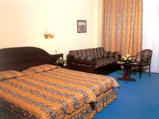 Lingos Hotel - Junior Suite