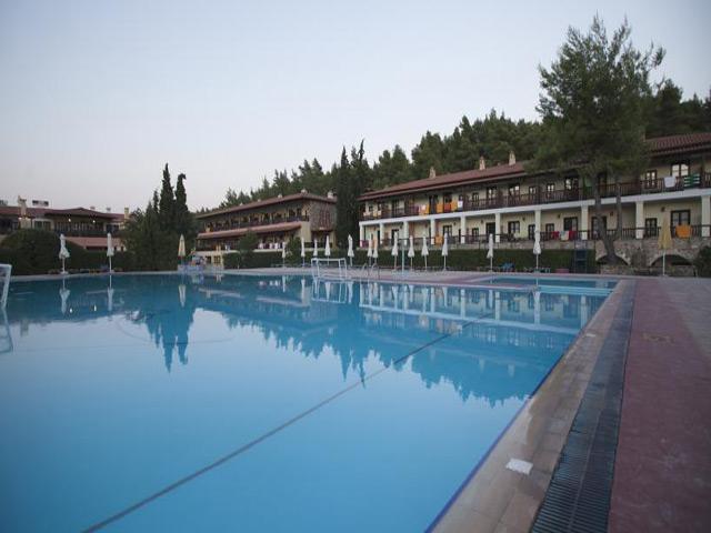 Simantro Beach Hotel -