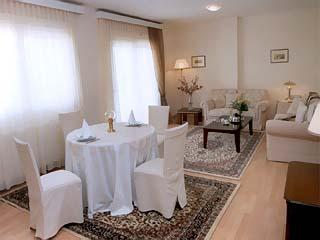 Istron Hotel - Image4
