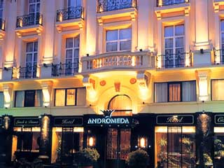 Andromeda Thessaloniki Hotel - Exterior View at night