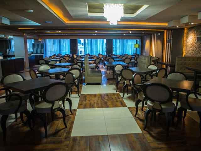 Metropolitan Hotel -