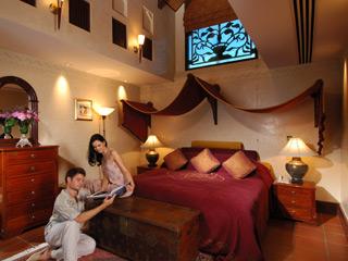 The Jumeirah Beach Hotel & Beit Al BaharBeit Al Bahar