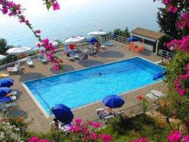 Achilles Hotel -