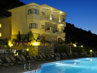 Limneon Resort and SPA - Night View