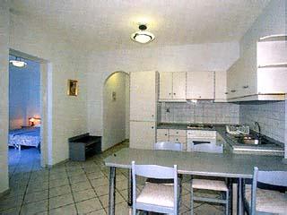 Romantica Apartments - Image9