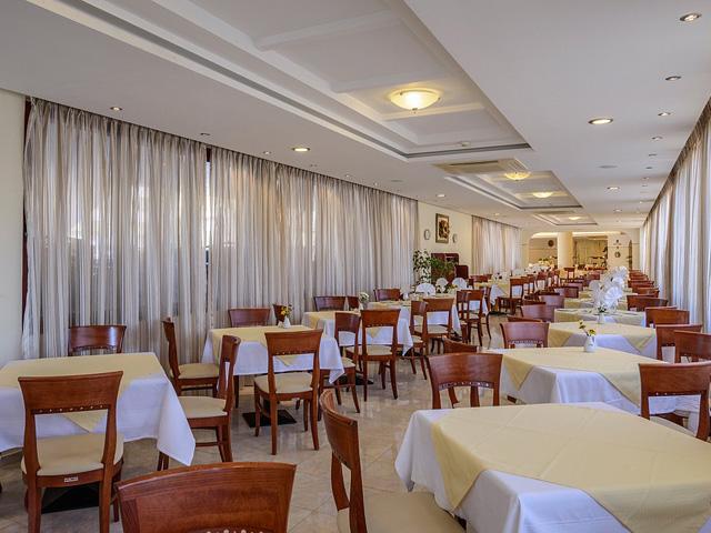 Vantaris Palace Hotel -