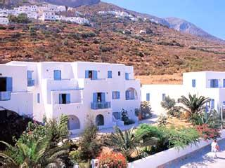 Gryspo's Hotel - Exterior View