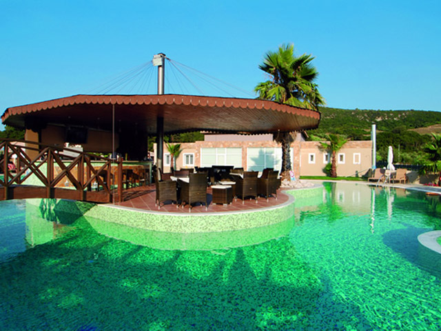 Olympia Golden Beach - Pool Bar