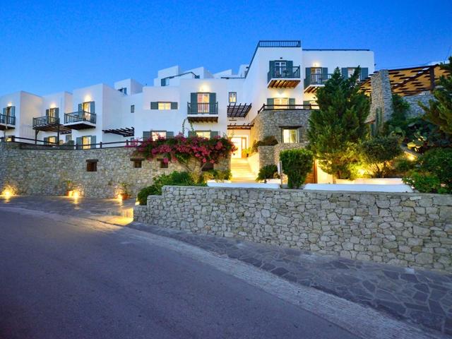 Pelican Bay Art Hotel -