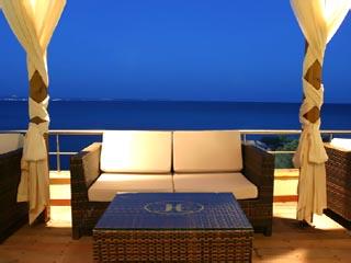 Erytha Hotel & Resort - Pool Bar Sea Velvet