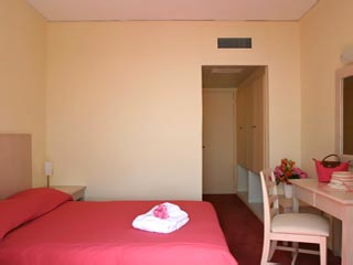 Erytha Hotel & Resort - Standar Room