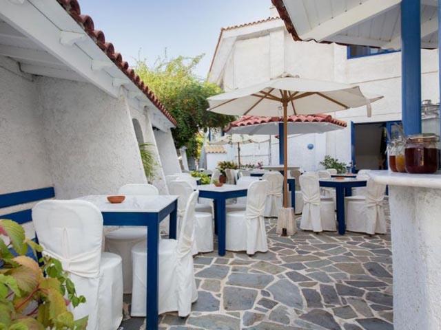 Atheras Hotel -
