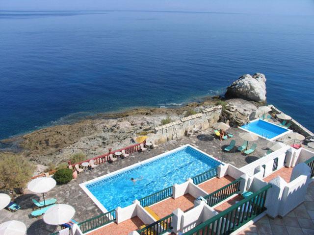 Cavos Bay Hotel -