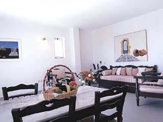 Aeolian Village Beach Club - Family Bungalow Living Room