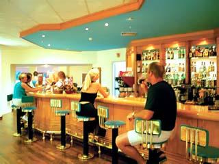 Aeolian Village Beach Club - Bar