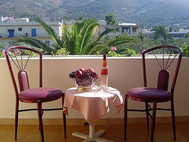 Paradise Hotel - Balcony