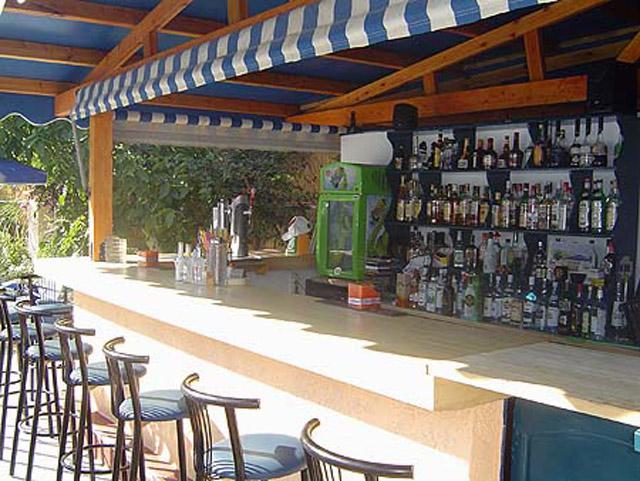 Paradise Hotel - Bar