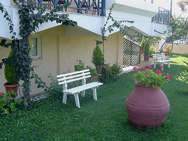 Paradise Hotel - Exterior View