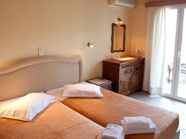 Virginia Hotel Samos -