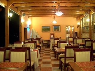 Vergis Epavlis Luxurious Suites - Restaurant