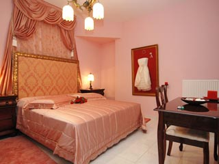 Vergis Epavlis Luxurious Suites - The Houses of Eros