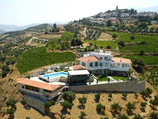 Vergis Epavlis Luxurious Suites - Panoramic View