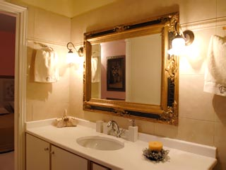 Vergis Epavlis Luxurious Suites - Bathroom