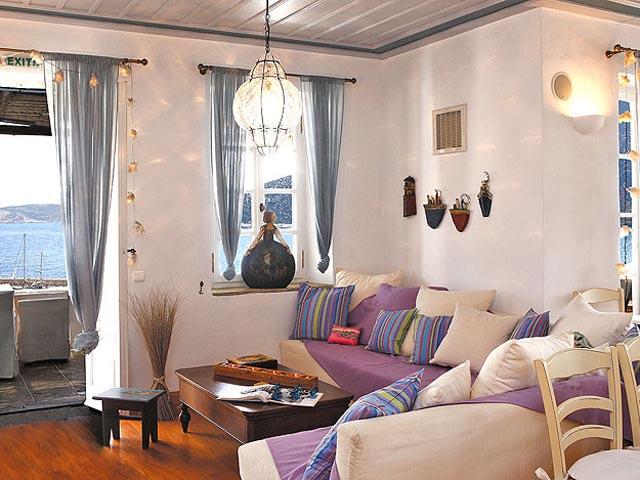Niriedes Hotel Suites -