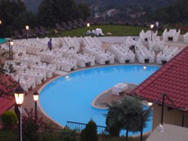 Loggas Hotel - Pool area