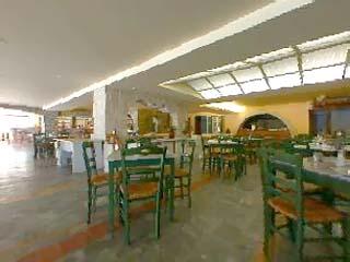 Eretria Village Resort & Convention Centre - Restaurant