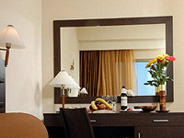 Avra Hotel Rafina - Room